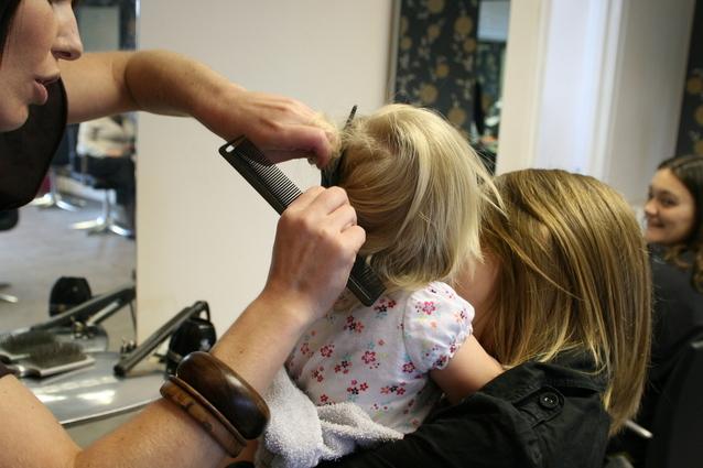 Hvad er den bedste frisørsalon i Frederikssund?