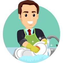 Opvasker der rengør tallerkener